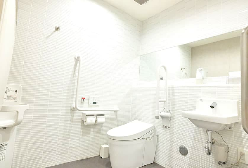幡ケ谷さかえ整形外科クリニック洗面室